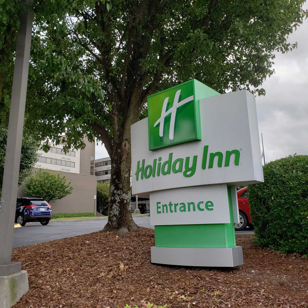 Holiday-Inn-Johnson-City-TN-1200x12002